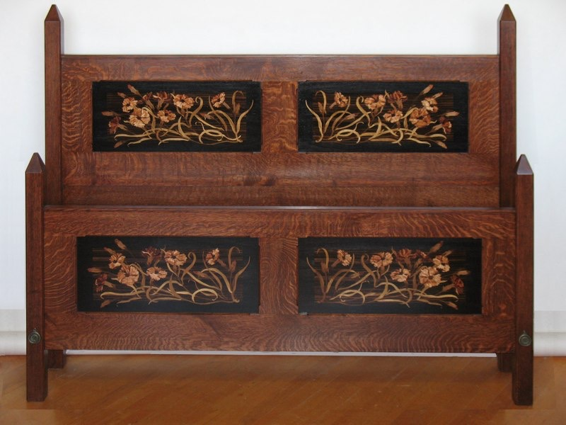 Arts Crafts Bed With Dianthus Fl Panels